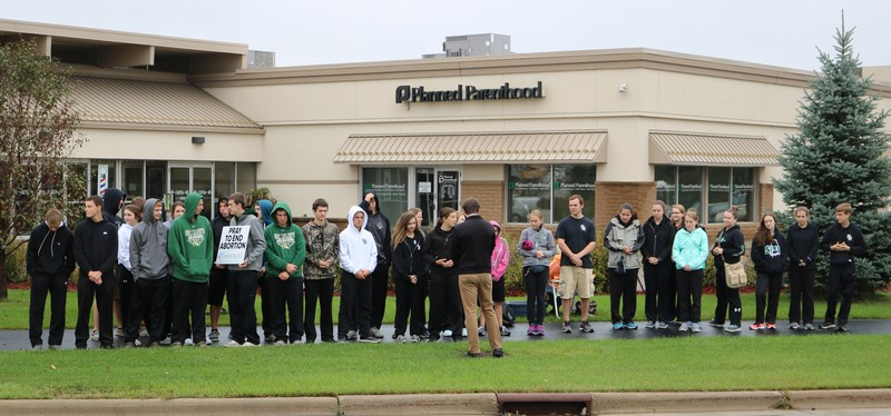St. Mary's students participate in 40 Days for Life