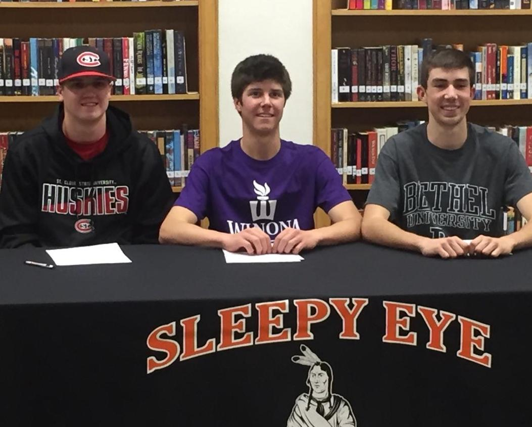 Sleepy Eye baseball players sign Letters of Intent